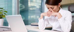 Tác hại khi bạn ngồi làm việc quá lâu