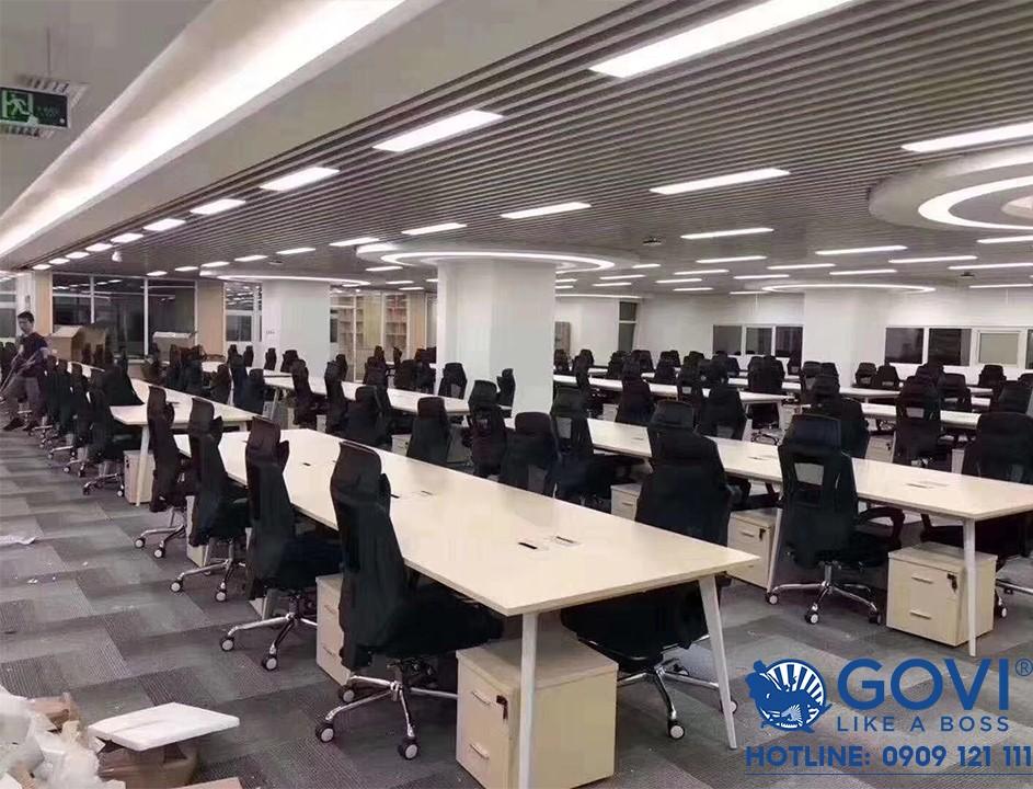 Dự án cung cấp lắp đặt cụm bàn làm việc khung Gaia được thực hiện bởi Govi Furniture